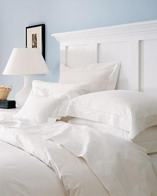 Little Luxuries: How to Create Fine Linen Pillowcases