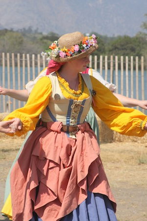 How to Dress for a Renaissance Faire.