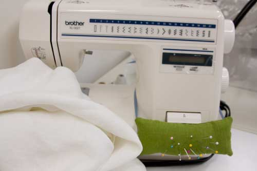 Sewing Machine Pincushion Tutorial