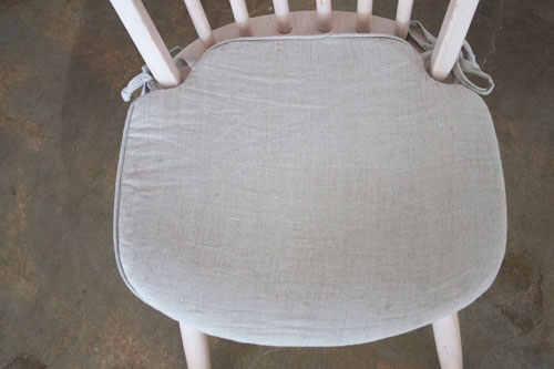 DIY Linen Seat Cushion
