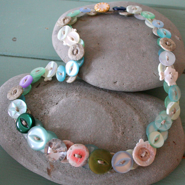 Make A Button Necklace