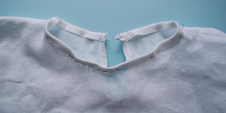 pinned collar tape