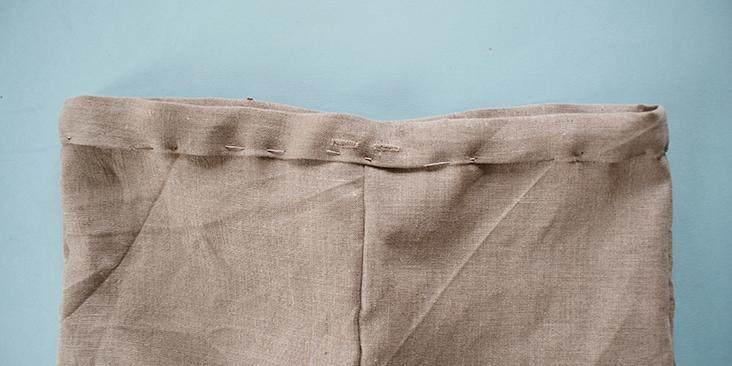 pinned waistband