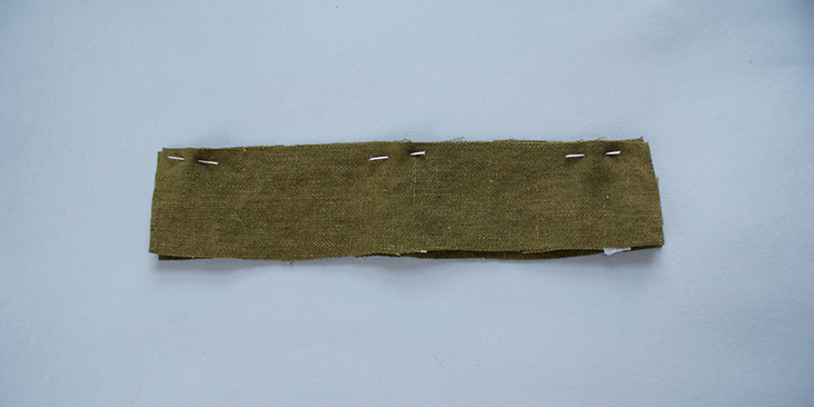 pinned waistband