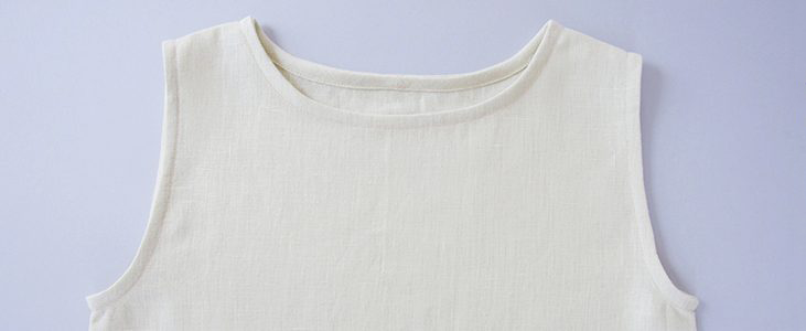 How to Bind a Neckline With a Bias Band Tutorial
