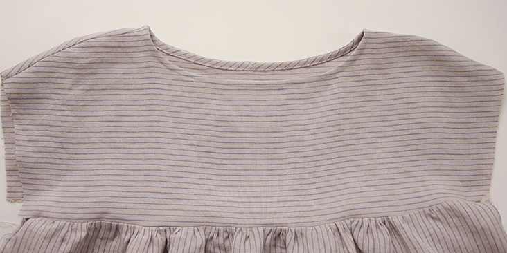stripedblouse_body12