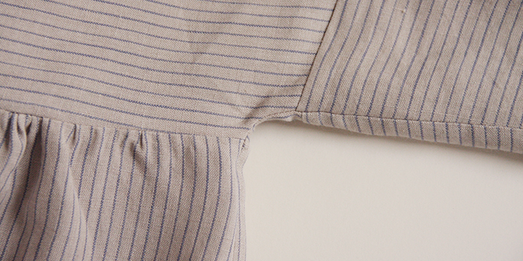 stripedblouse_body17