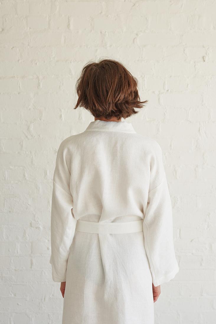 Relaxed Linen Bathrobe Tutorial The Thread Blog
