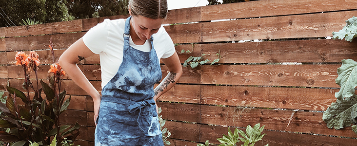 FS Curated by you: Erika Jean of Portland Apron Company makes an Indigo dyed Linen Apron